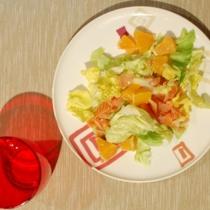 Insalata con salmone e arancie
